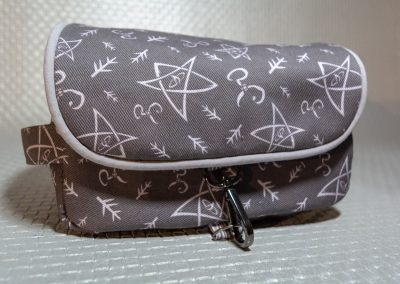 Andrie Designs - Hang About Toiletry Bag  - Chuthlu 3